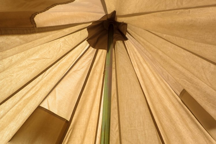 Bell tent central pole